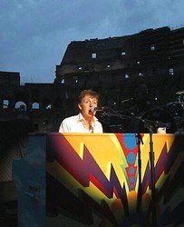 Paul Mccartney rocks Colosseum