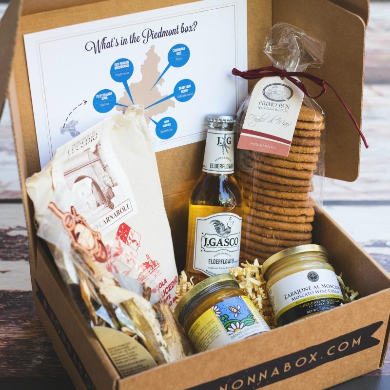 Italian food gift box.