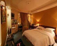 Hotel Hassler Rome Italy bedroom