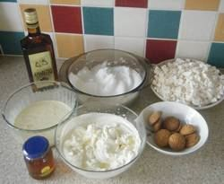 Italian Amaretto cake ingredients