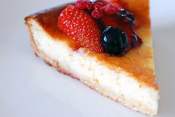 Italian cheesecake slice
