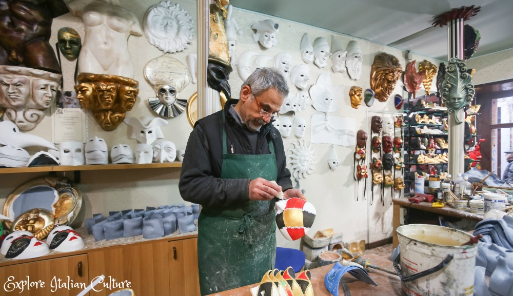 Mask-making in Venice - you can do it, too!