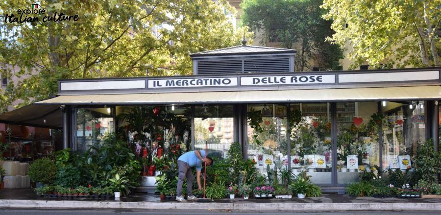 Mercatino delle Rose: a florist near Laura's Vatican apartment, Rome.