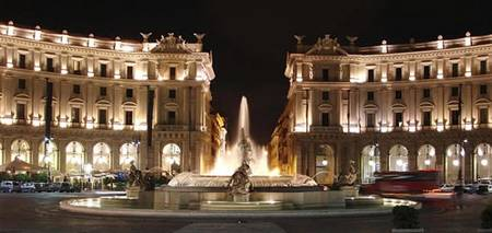 Just Down The Road From Hotel Gea Di Vulcano Beautiful Piazza Della Repubblica At Night