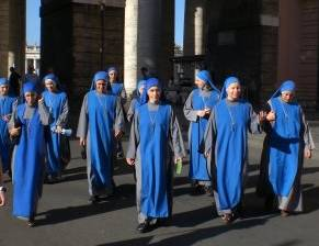 Lent calendar nuns come to pray