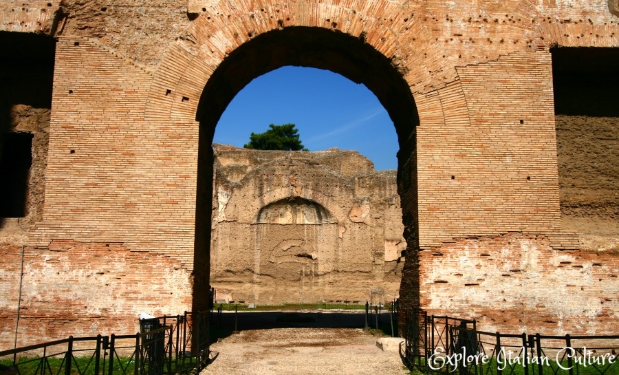 The Caracalla baths, Rome, Italy - an amazing sight in themselves, and an even more amazing spectacle as a concert backdrop. Find out all about cunner concerts there.