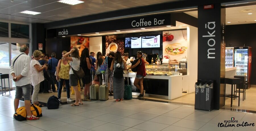 The coffee bar in the arrivals part of Ciampino airport.