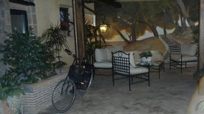 Hotel Residenza Santa Maria Rome inner courtyard